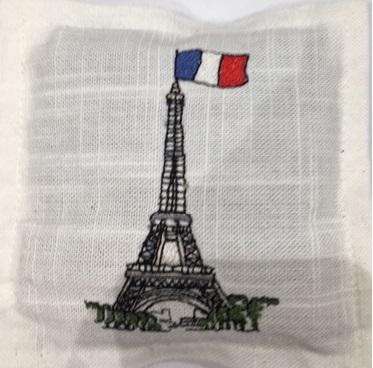 lav sachet sq tour eiffel with french flag